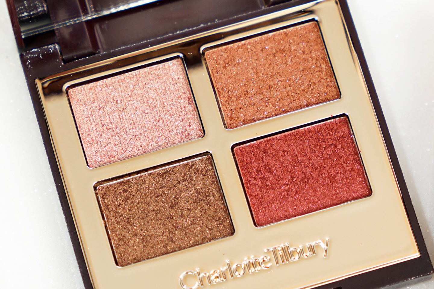 Charlotte Tilbury Palette de luxe de Pops Supersonic Girl Review Swatches