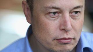 """SUN VALLEY, ID - JUILLET 07: Elon Musk, PDG et directeur de la technologie de SpaceX, PDG et architecte produit de Tesla Motors, et président de SolarCity, participe à la conférence Allen & Company Sun Valley le 7 juillet 2015 à Sun Valley, Idaho. La plupart des hommes d'affaires des médias, des finances et de la technologie parmi les plus riches et les plus puissants du monde assistent à la conférence annuelle qui dure depuis 33 ans. (Photo de Scott Olson / Getty Images) """"srcset ="""" https://e3.365dm.com/18/03/320x180/skynews-elon-musk_4257258.jpg?20180509164904 320w, https://e3.365dm.com/18/03/640x380/skynews-elon -musk_4257258.jpg? 20180509164904 640w, https://e3.365dm.com/18/03/736x414/skynews-elon-musk_4257258.jpg?20180509164904 736w, https://e3.365dm.com/18/03/992x8.com /skynews-elon-musk_4257258.jpg?20180509164904 992w, https://e3.365dm.com/18/03/1096x616/skynews-elon-musk_4257258.jpg?20180509164904 1096w, https://e3.365dm.com/153. /03/1600x900/skynews-elon-musk_4257258.jpg?20180509164904 1600w, https://e3.365dm.com/18/03/1920x1080/skynews-elon-musk_4257258.jpg??s1:20:10 .com / 18/03 / 2048x1152 / skynews-elon-musk_4257258.jpg? 20180509164904 2048w """"tailles ="""" (min-largeur: 900px) 992px, 100vw"""