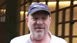 """Harvey Weinstein à New York, un an après que des accusations à son encontre ont émergé """"srcset ="""" https://e3.365dm.com/18/10/320x180/skynews-harvey-weinstein-hannah-thomas-peter_4444112.jpg?fr.20181005230712 320w, https://e3.365dm.com/18/10/640x380/skynews-harvey-weinstein-hannah-thomas-peter_4444112.jpg?20181005230712 640w, https://e3.365dm.com/18/10/736x414/skynews -harvey-weinstein-hannah-thomas-peter_4444112.jpg? 20181005230712 736w, https://e3.365dm.com/18/10/992x558/skynews-harvey-weinstein-hannah-thomas-peter_4444112.jpg?20171852307 : //e3.365dm.com/18/10/1096x616/skynews-harvey-weinstein-hannah-thomas-peter_4444112.jpg? 20181005230712 1096w, https://e3.365dm.com/18/10/1600x900/skynews- harvey-weinstein-hannah-thomas-peter_4444112.jpg? 20181005230712 1600w, https://e3.365dm.com/18/10/1920x1080/skynews-harvey-weinstein-hannah-thomas-peter_4444112.jpg?208, des exemples de produits //e3.365dm.com/18/10/2048x1152/skynews-harvey-weinstein-hannah-thomas-peter_4444112.jpg?20181005230712 2048w """"tailles ="""" (largeur minimale: 900px) 992px, 100vw"""