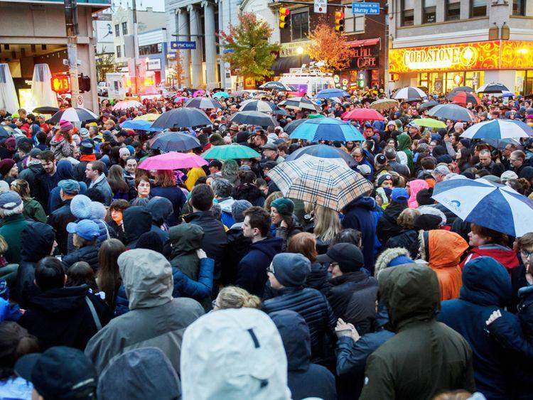 Vigil à Pittsburgh après le tir de la synagogue