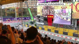 """preview imageSophia Floersch, une pilote de Formule 3 âgée de 17 ans, s'est fracturée la colonne vertébrale lors d'un crash d'horreur au cours du Grand Prix de Macao. """"srcset ="""" https://e3.365dm.com/18/11/320x180/Ut_HKthATH4ewwxxDxx. jordan bernard , Mention de Dieu /w3.365dm.com/18/11/1600x900/U/8 .com / 18/11 / 2048x1152 / Ut_HKthATH4eww8X4xMDoxOjA4MTsiGN_4492753.jpg? 20181119034903 2048w """"values ="""" (largeur minimale: 900px) 992px, 100vw"""