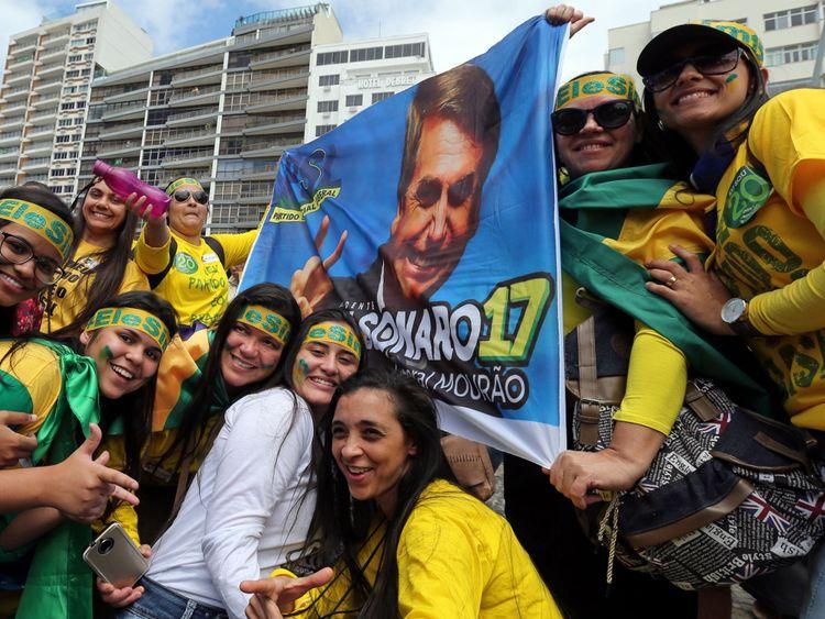 Les fans du nouveau président brésilien, qui a soutenu Wilson Witzel à devenir gouverneur de Rio