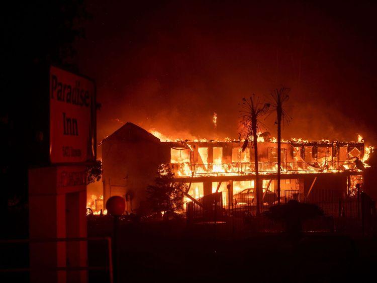 Le Paradise Inn a été ravagé par l'incendie