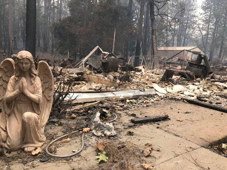 Les incendies dévastateurs ont tué des dizaines