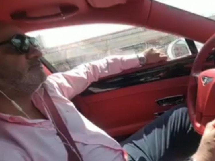 Farhaj Sarwar est un riche homme d'affaires basé à Dubaï, aux Émirats arabes unis.