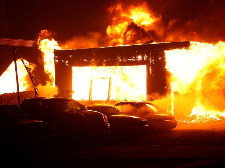 Un incendie a ravagé la ville de Paradise en Californie