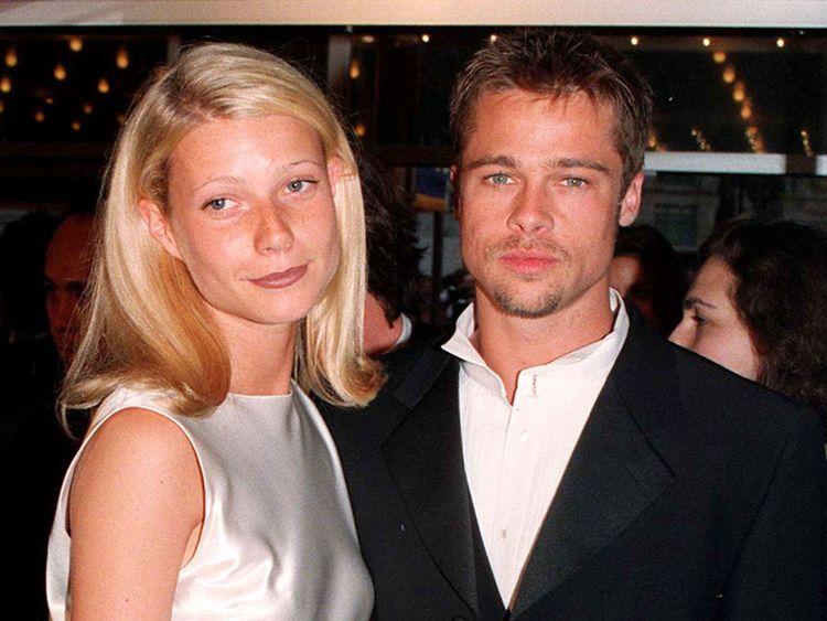 Gwyneth Paltrow et Brad Pitt en 1996 réédités après une interview dans un magazine dans laquelle elle discute des allégations de Harvey Weinstein