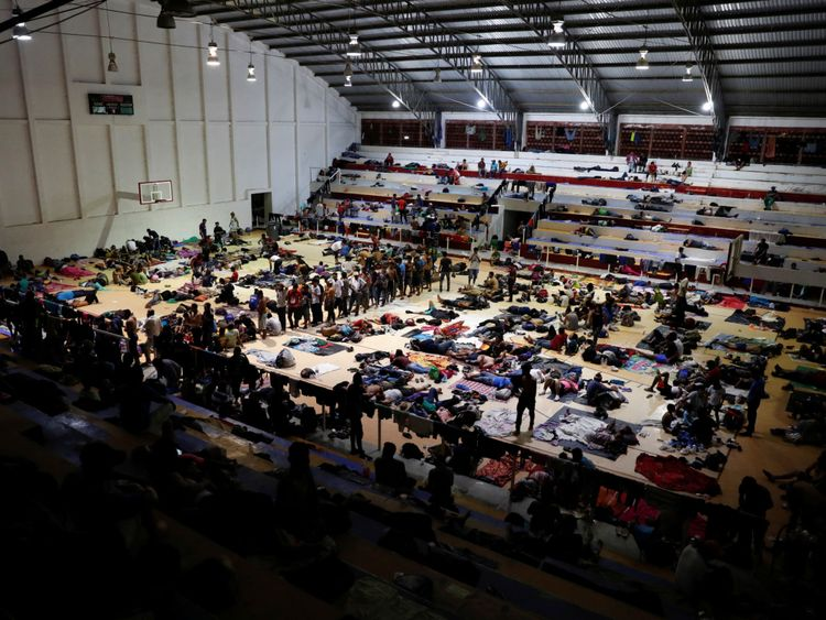 Les migrants ont été hébergés dans un centre sportif à Arriaga, au Mexique.