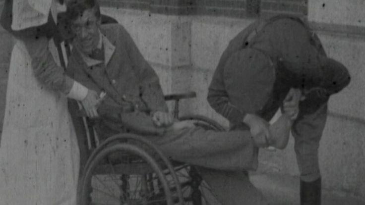 Percy a survécu à la guerre, mais il avait subi un grave choc d'obus en raison du bombardement constant dans les tranchées qui l'avait laissé paralysé.
