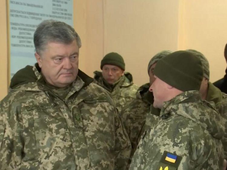 Petro Poroshenko se dit prêt à défendre l'Ukraine