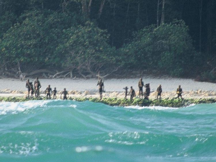 Les sentinelles montent la garde sur une plage de l'île. Photo: © Christian Caron - Creative Commons A-NC-SA