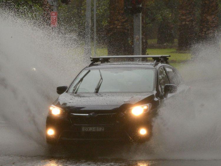 Un mois de pluie est tombé sur Sydney en une matinée mercredi.