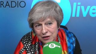 "Theresa May ""srcset ="" https://e3.365dm.com/18/11/320x180/skynews-theresa-may-bbc-radio-5-live_4496852.jpg?20181123130501 320w, https://e3.365dm.com /18/11/640x380/skynews-theresa-may-bbc-radio-5-live_4496852.jpg?20181123130501 640w, https://e3.365dm.com/18/11/736x414/skynews-theresa-may-bbc- radio-5-live_4496852.jpg? 20181123130501 736w, https://e3.365dm.com/18/11/992x558/skynews-theresa-may-bbc-radio-5-live_4496852.jpg?20181123030501, https: // e3.365dm.com/18/11/1096x616/skynews-theresa-may-bbc-radio-5-live_4496852.jpg?20181123130501 1096w, https://e3.365dm.com/18/11/1600x900/skynews-theresa -may-bbc-radio-5-live_4496852.jpg? 20181123130501 1600w, https://e3.365dm.com/18/11/1920x1080/skynews-theresa-may-bbc-radio-5-live_4496852.jpg?20181123030301 1920w , https://e3.365dm.com/18/11/2048x1152/skynews-theresa-may-bbc-radio-5-live_4496852.jpg?20181123130501 2048w ""tailles ="" (largeur minimale: 900px) 992px, 100vw"