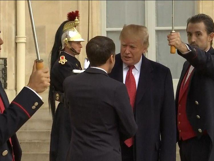 Donald Trump arrive à Paris pour rencontrer Emmanuel Macron