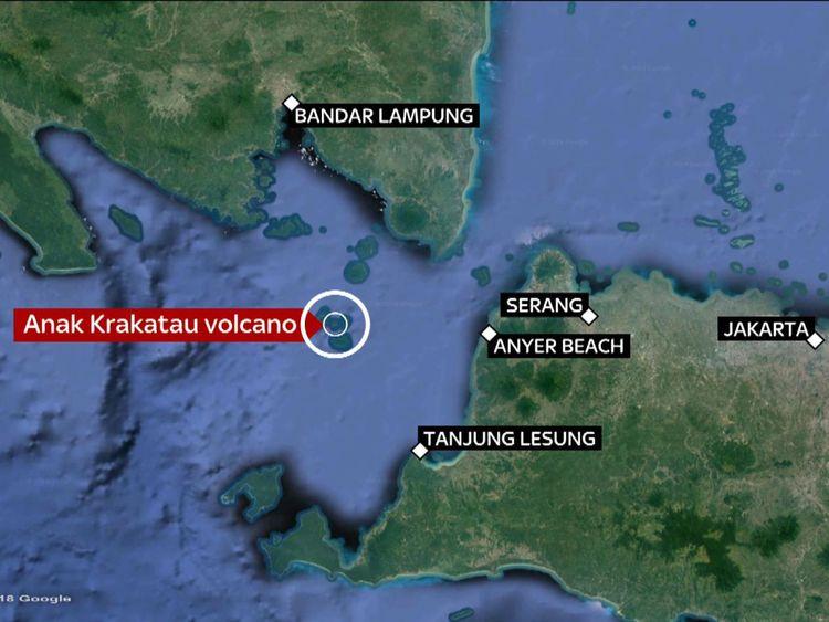 Un tsunami qui a suivi l'activité du volcan Anak Krakatau a provoqué un tsunami