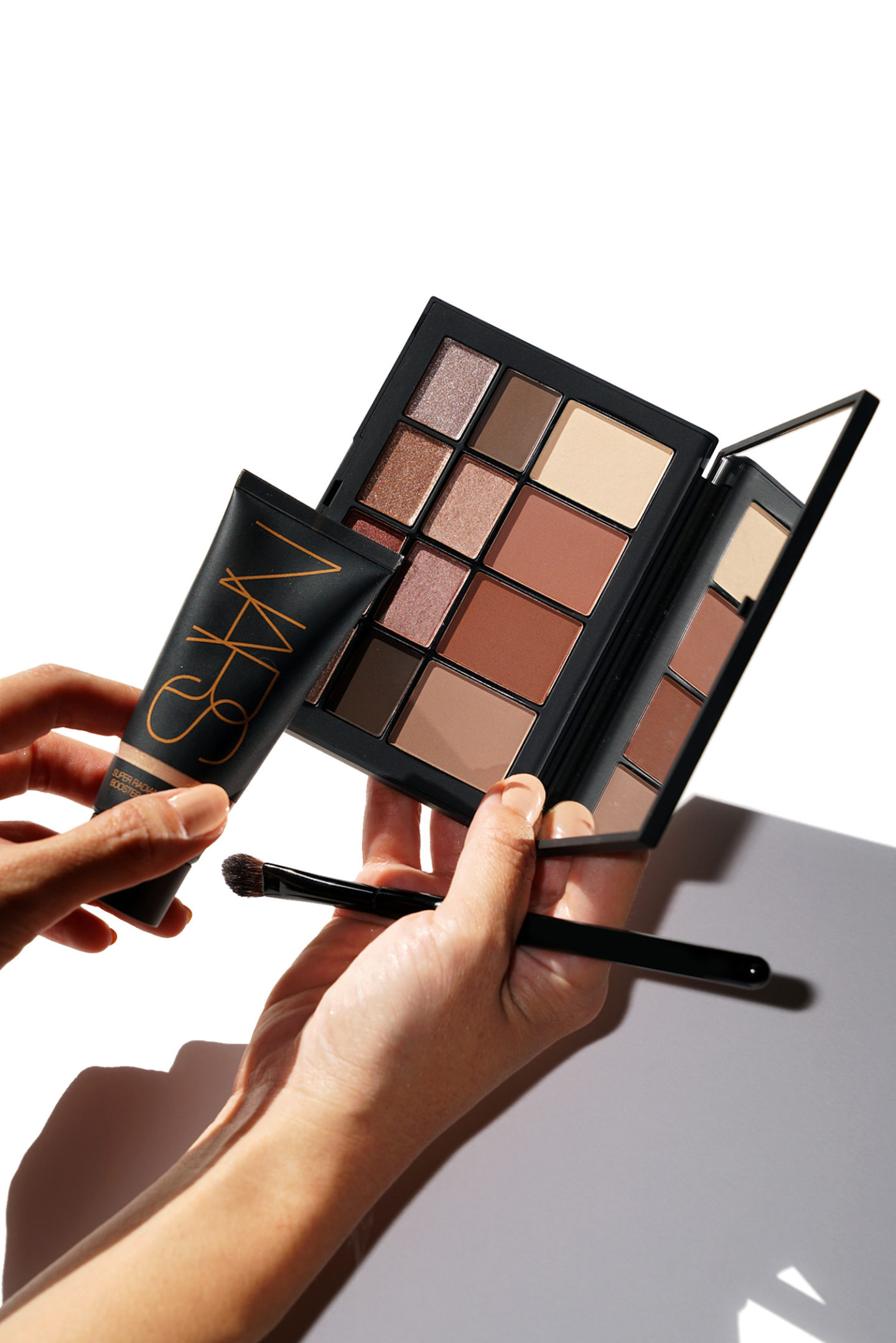 NARS Skin Deep Eye Review et Super Radiant Booster Review