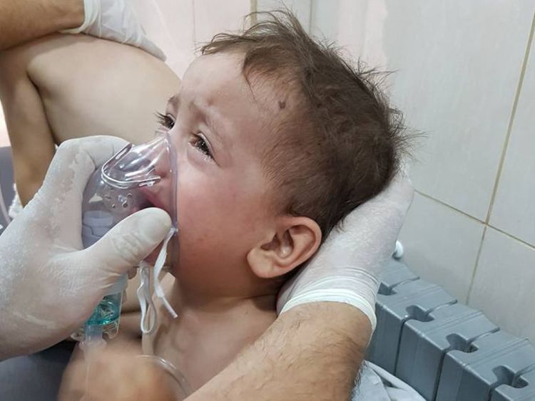 Un bébé est soigné à l'hôpital après l'attaque présumée au gaz de chlore