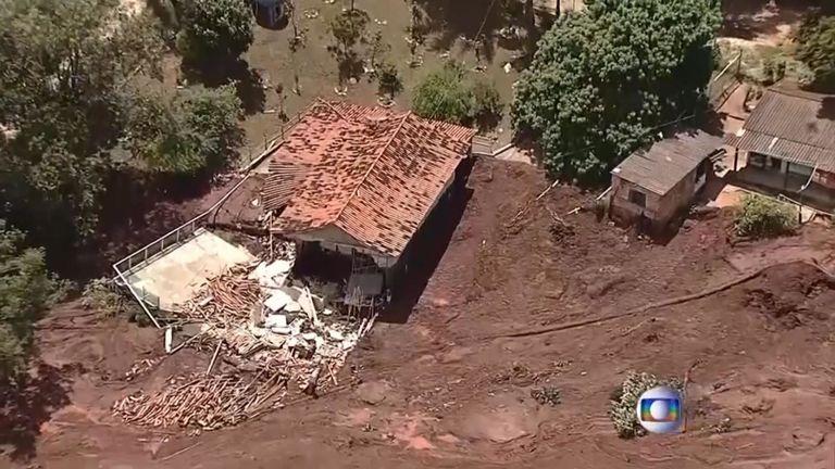 De nombreuses maisons ont été détruites par le déluge