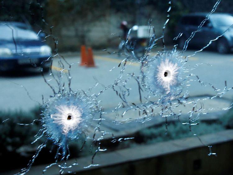 La police aurait échangé des coups de feu avec les assaillants