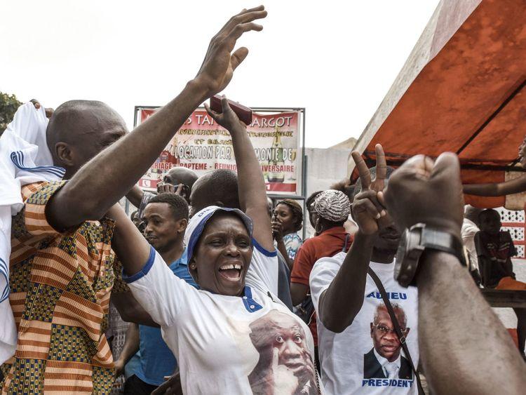 Il y avait des célébrations parmi certains de retour en Côte d'Ivoire
