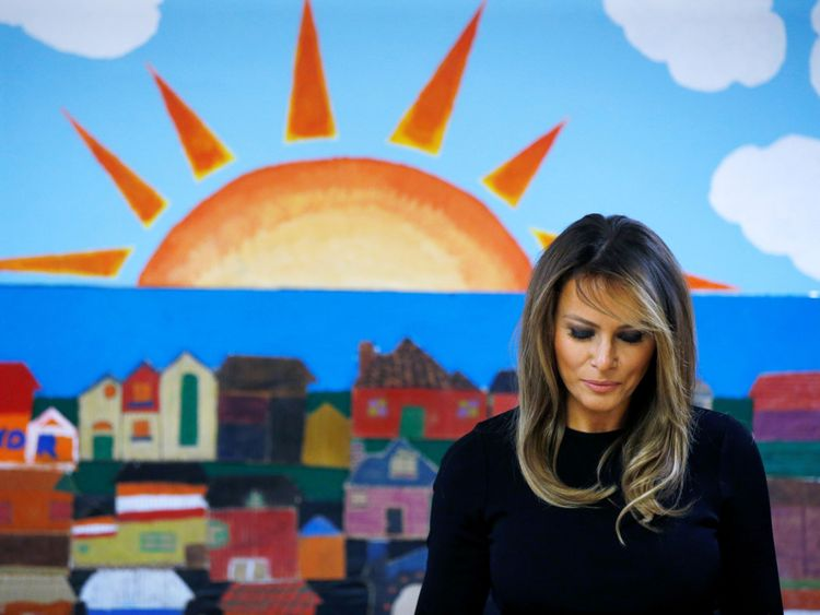 Juin 2018: La première dame Melania Trump dans l'une des installations de la Southwest Key à Phoenix