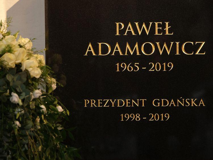 Pawel Adamowicz est mort après avoir été attaqué lors d'un événement de charité