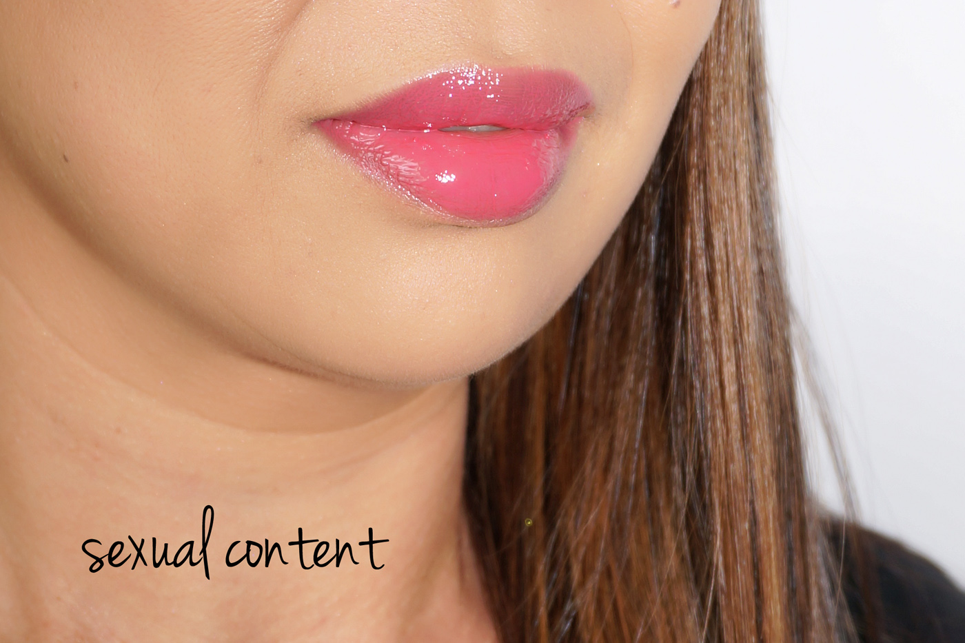 NARS Lip Gloss Swatch Contenu sexuel