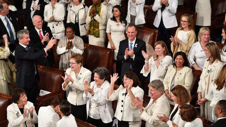 Les femmes démocrates portaient le blanc lors du discours sur l'état de l'Union