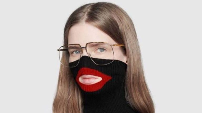 "Gucci a été accusé de vendre un pull qui ressemble à un ""blackface"". Pic: Gucci / Printemps"