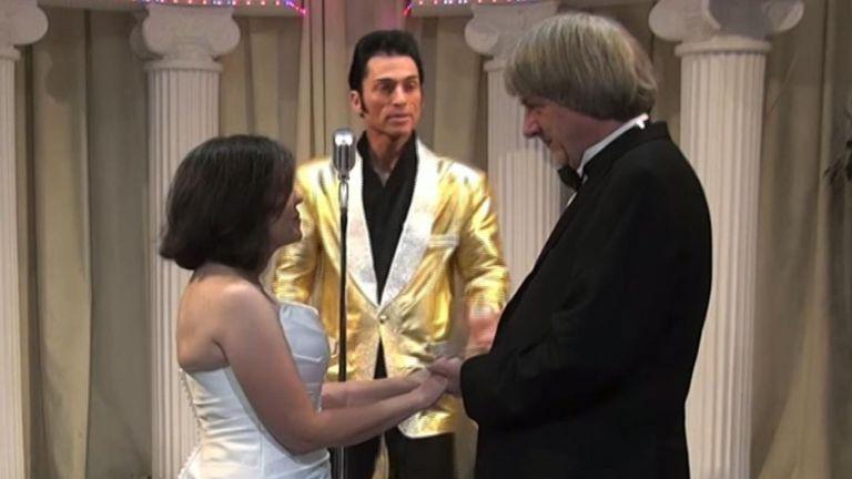 David et Louise Turpin ont renouvelé leurs vœux de mariage à Las Vegas. Pic: Chapelle d'Elvis