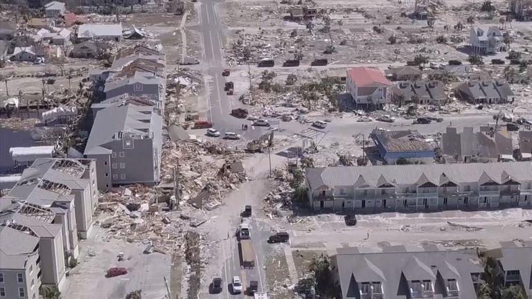 """De vastes régions de la Floride ont subi des """"destructions inimaginables"""" après le troisième ouragan le plus puissant de l'histoire des États-Unis qui s'est abattu sur le soleil."""