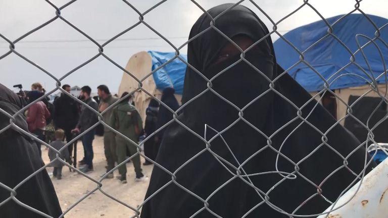 Une femme de Trinidad a parlé avec colère de sa détention dans le camp