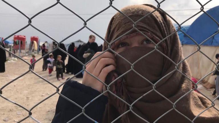 Une adolescente de France a déclaré qu'elle avait été emmenée en Syrie à l'âge de 15 ans
