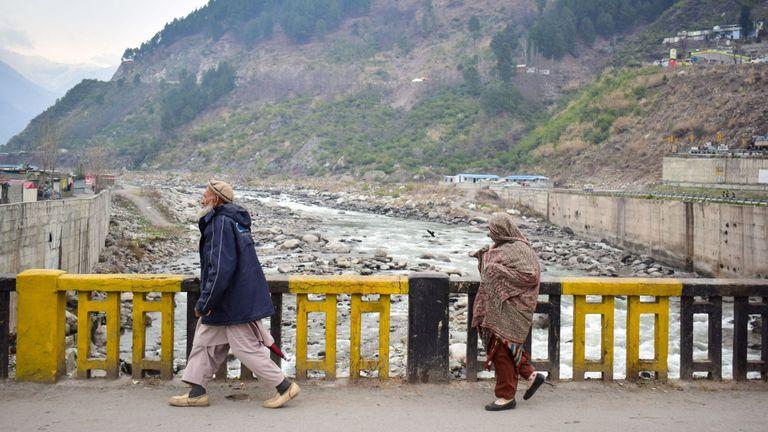 Résidents pakistanais dans la région montagneuse de Balakot où l'Inde a lancé son raid