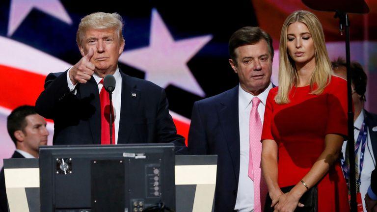 Donald Trump, Paul Manafort et Ivanka Trump en 2016