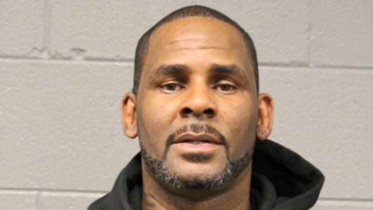 Coup de gueule de R Kelly pris par le département de police de Chicago après son arrestation