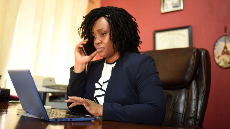 Fatmata Sorie, présidente de Legal Access, à travers le désir ardent des femmes pour les droits à l'égalité et pour la justice sociale (AVOCATS), a déclaré qu'il reste encore beaucoup à faire