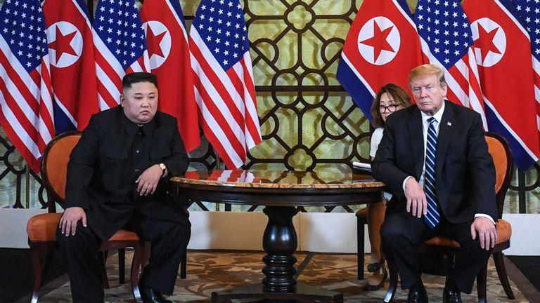 Les discussions entre Donald Trump et Kim Jong Un semblent s'être terminées tôt