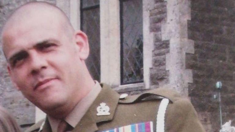 Andrew Neal a servi en Irak, en Afghanistan et en Bosnie. Pic: Détenu à Dubaï