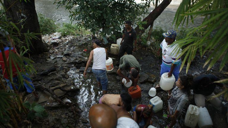 La capitale du Venezuela n'a toujours pas le pouvoir de pomper de l'eau.