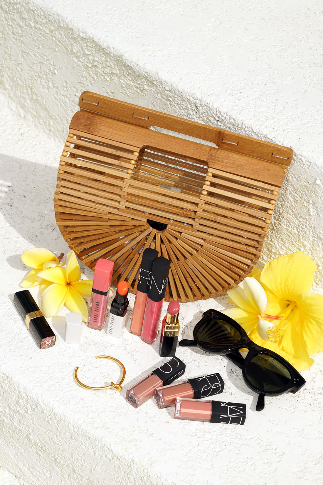 Meilleures couleurs pour les lèvres rougeoyantes de l'été: Bobbi Brown, NARS et Chanel