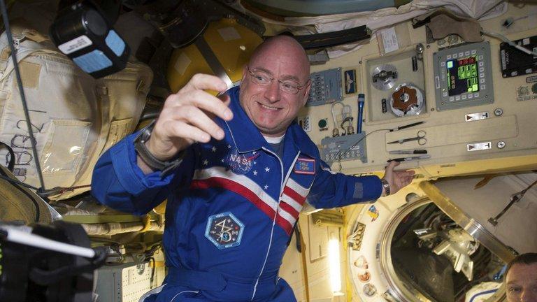 L'astronaute Scott Kelly de retour de l'ISS après une année dans l'espace