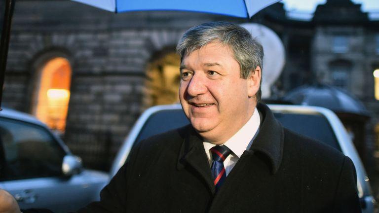 L'ancien secrétaire écossais Alistair Carmichael veut que la monnaie écossaise ait cours légal au Royaume-Uni