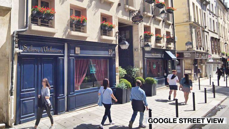 Le couple s'était garé devant l'hôtel Aubusson à Paris
