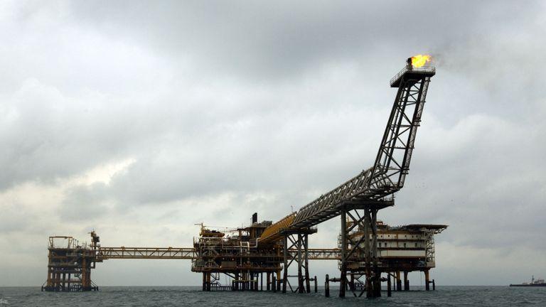 L'achat d'énergie iranienne, comme celui de cette plate-forme gazière à Assalouyeh, est limité par les sanctions