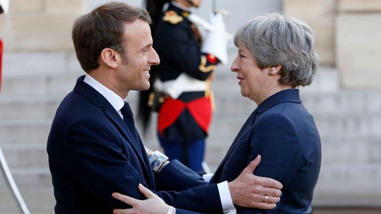 L'avenir de Theresa May pourrait dépendre de la manière dont les dirigeants européens décident de faire face à un retard du Brexit