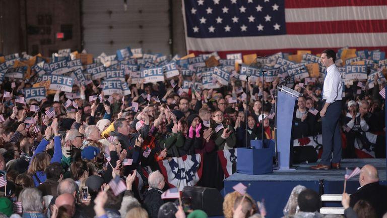 Le maire du Midwest était à la troisième place dans les sondages pour l'Iowa et le New Hampshire