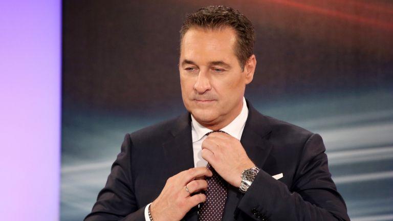 M. Strache a été surpris en train de corrompre une femme d'affaires russe