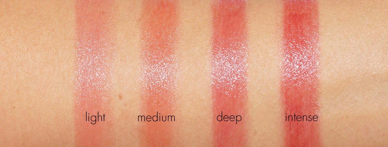 Chanel Les Beiges baume pour les lèvres Healthy Glow, léger, moyen, profond et intense | Le look book beauté