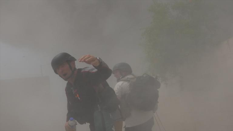Une équipe de Sky News échappe de peu au feu d'un missile à Idlib